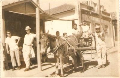 Centro de Campos Altos, (Buteco de Tábua) do Zé Pequeno - Década de 60.jpg